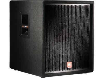 JBL JRX118SP/230 НЧ-18' частота 38Hz-300Hz 300W Max SPL: 127 dB ВxШxГ: 597x516x59 mm встроенный кроссовер NL-4 1/4' TS phone jack. активный субвуфер Входные XLR/M x2 1/4'TS Выходные XLR/F x2 (возможность выбора 'через' или 'мимо')